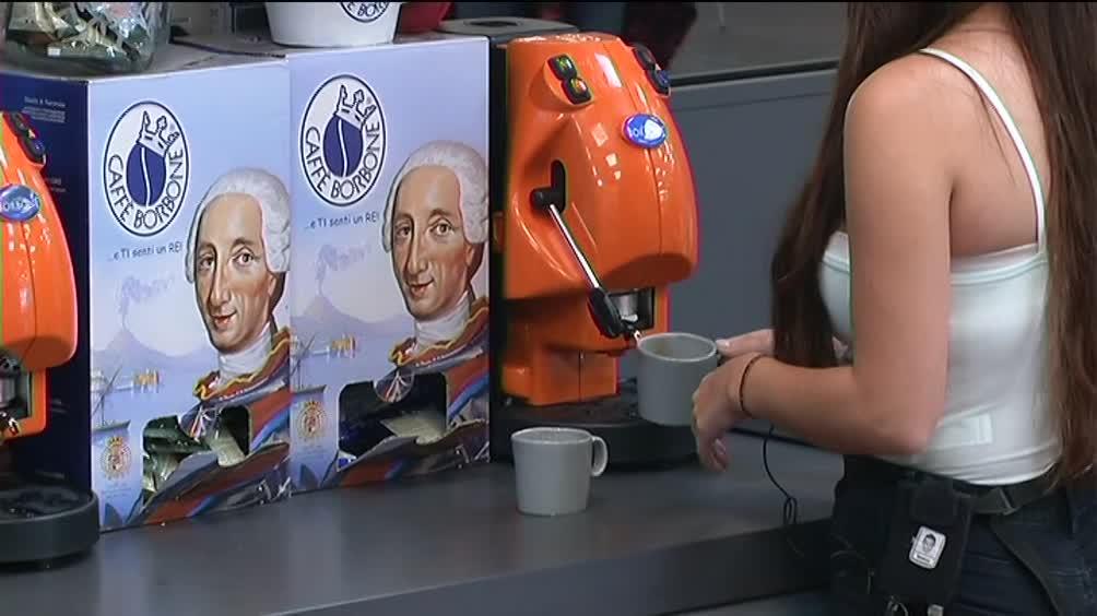 Uno spuntino e un caffè