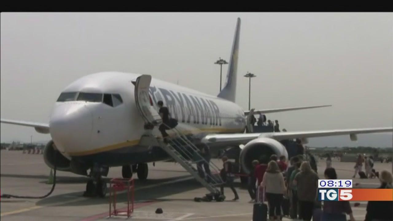 Ryanair, cresce la rabbia dei passeggeri