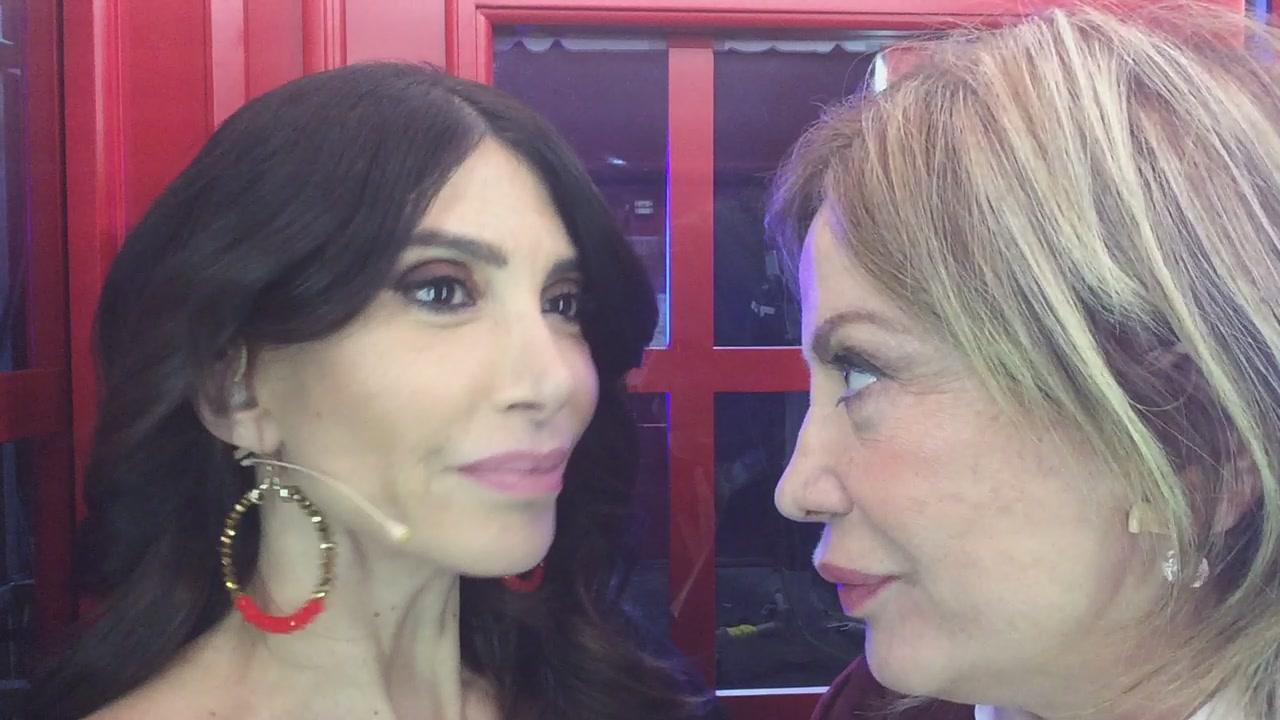 La #cabinarossa di...Carmen Di Pietro e Simona Izzo