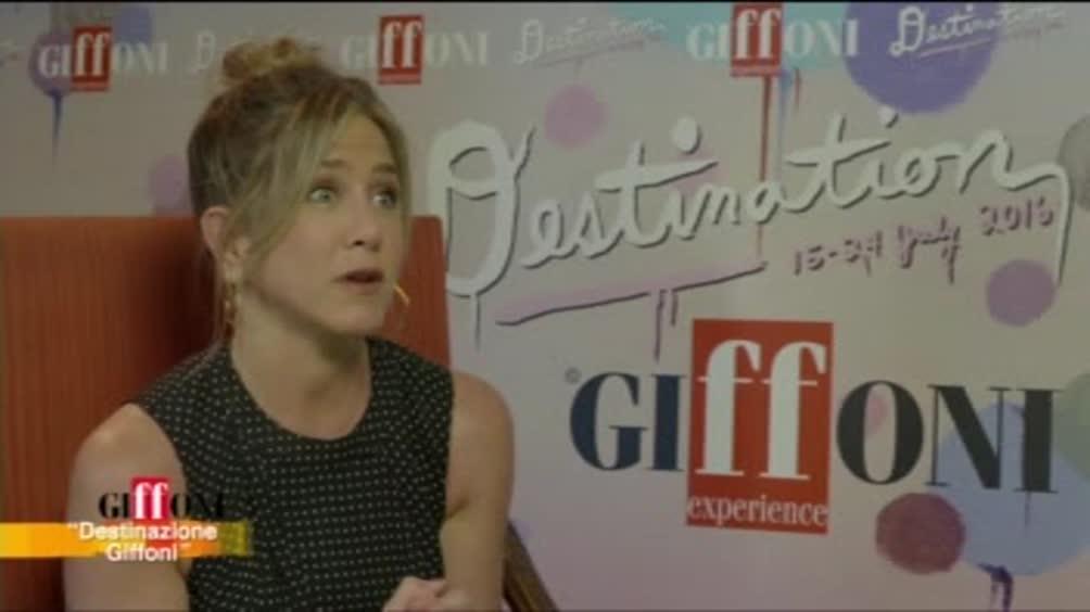 A Giffoni è la giornata di Jennifer Aniston