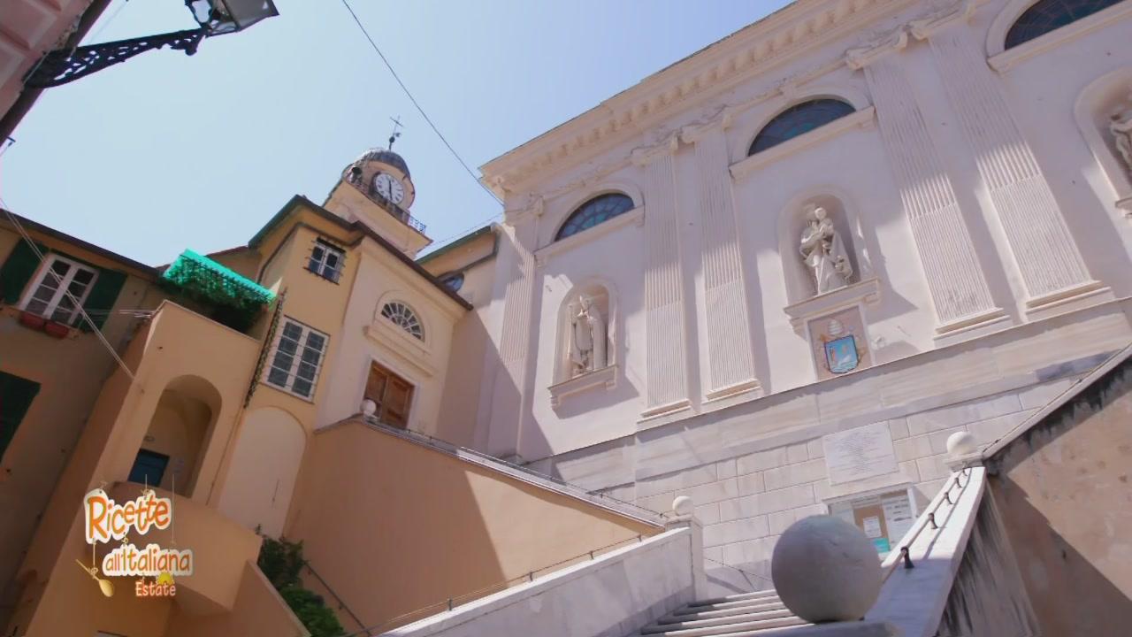 La mole dell basilica di Santa Maria Assunta