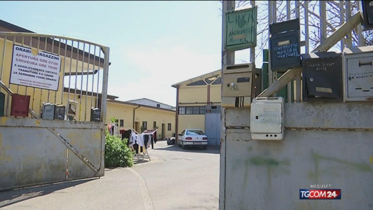 Sorprende il ladro in magazzino a Roma, fattorino massacrato a bastonate: è in coma