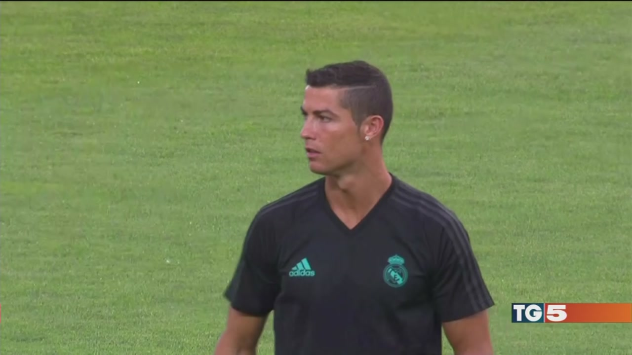 Stasera Real-Man united Supercoppa su Canale 5
