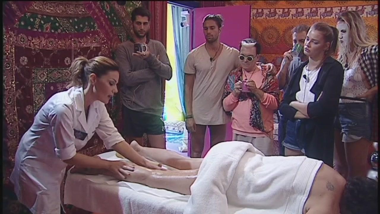 Un massaggio per Corinne