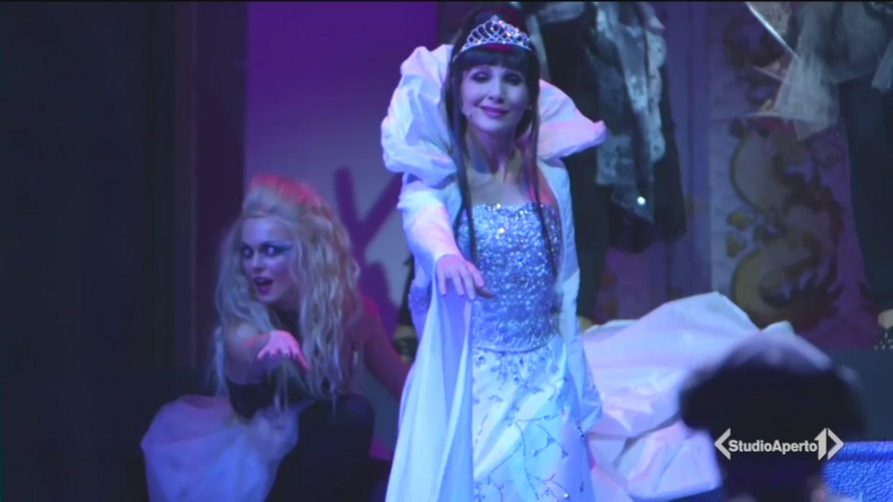 Lorella Cuccarini regina di ghiaccio