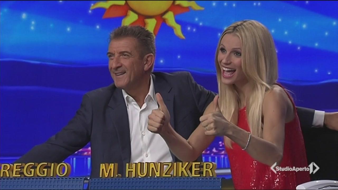 Michelle Hunziker torna a Striscia