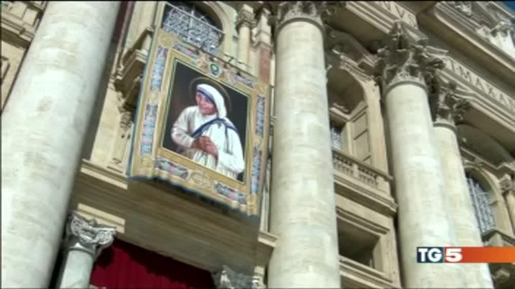Madre Teresa santa San Pietro blindata