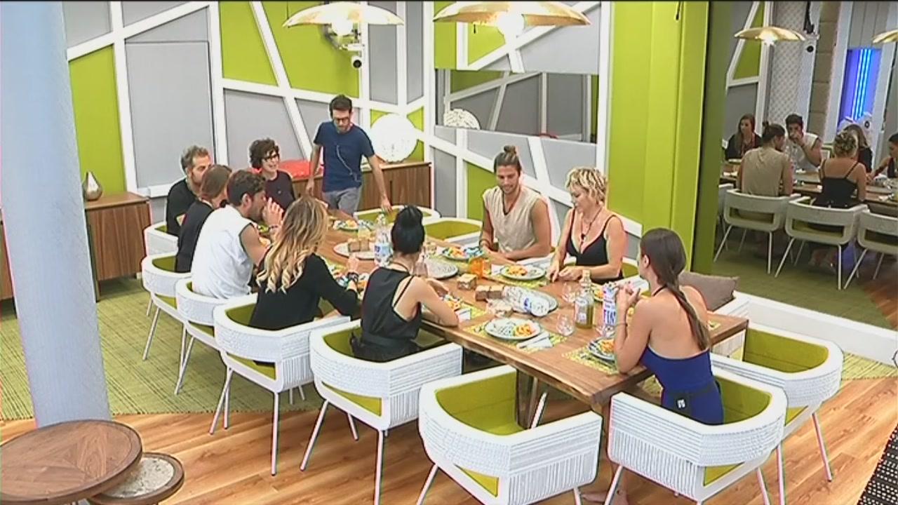 Il primo pranzo con i nuovi VIP