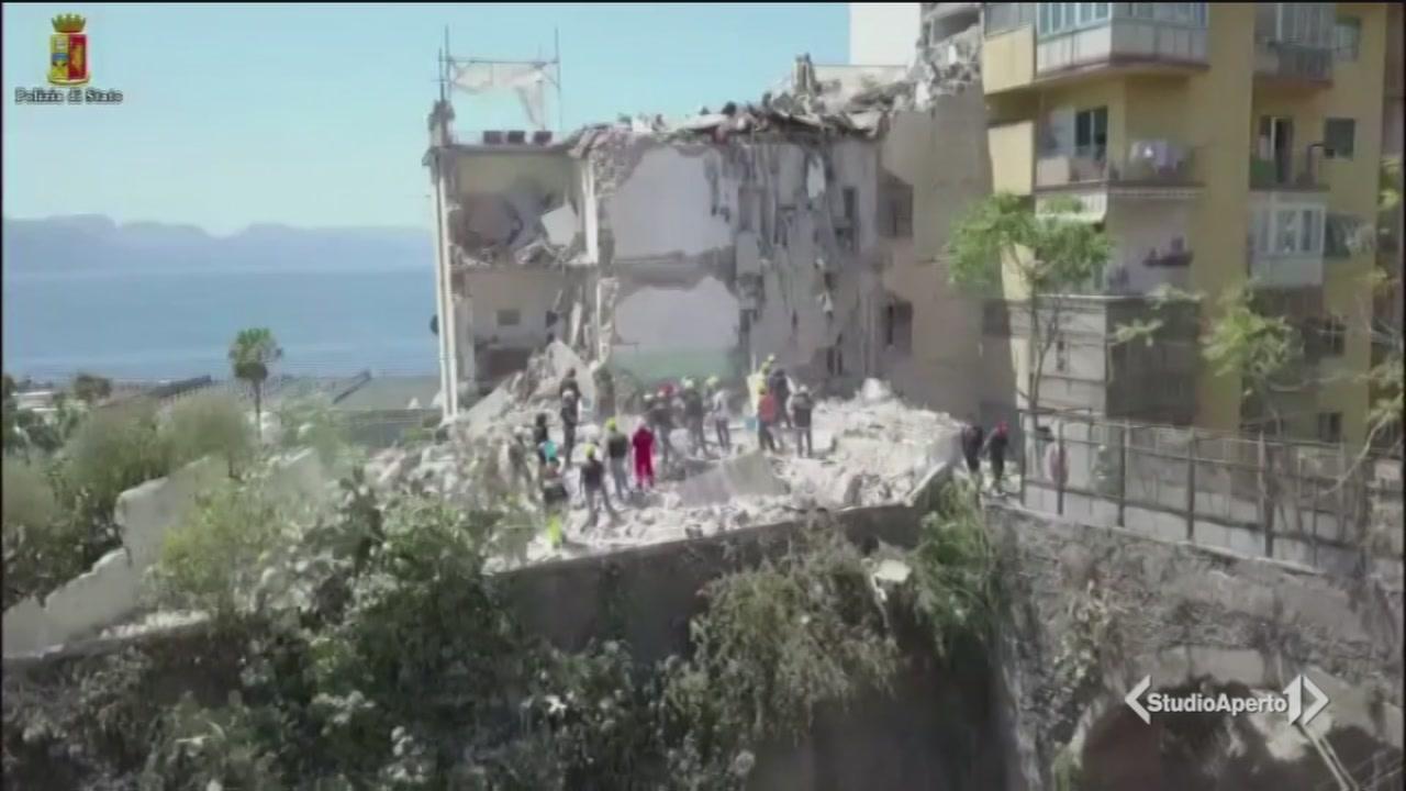 Il crollo della palazzina di Torre Annunziata