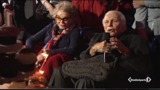 Kirk Douglas festeggia 100 anni