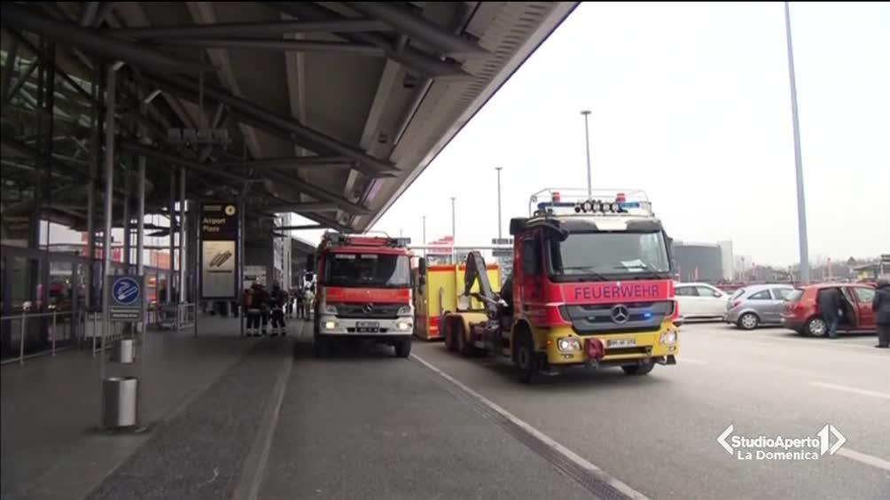 Paura all'aeroporto di Amburgo