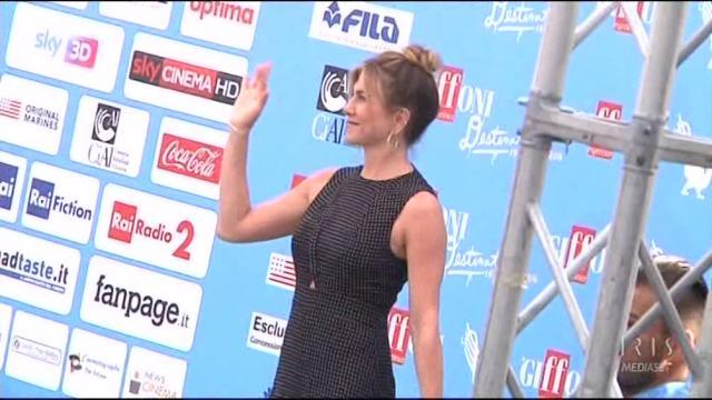 Jennifer Aniston infiamma Giffoni