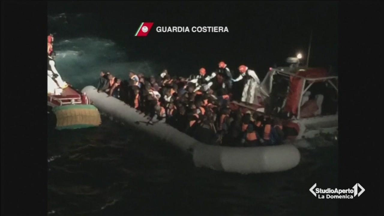Migranti: nave di Medici Senza Frontiere bloccata
