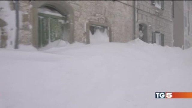 Neve, ghiaccio e vento, l'Italia batte i denti