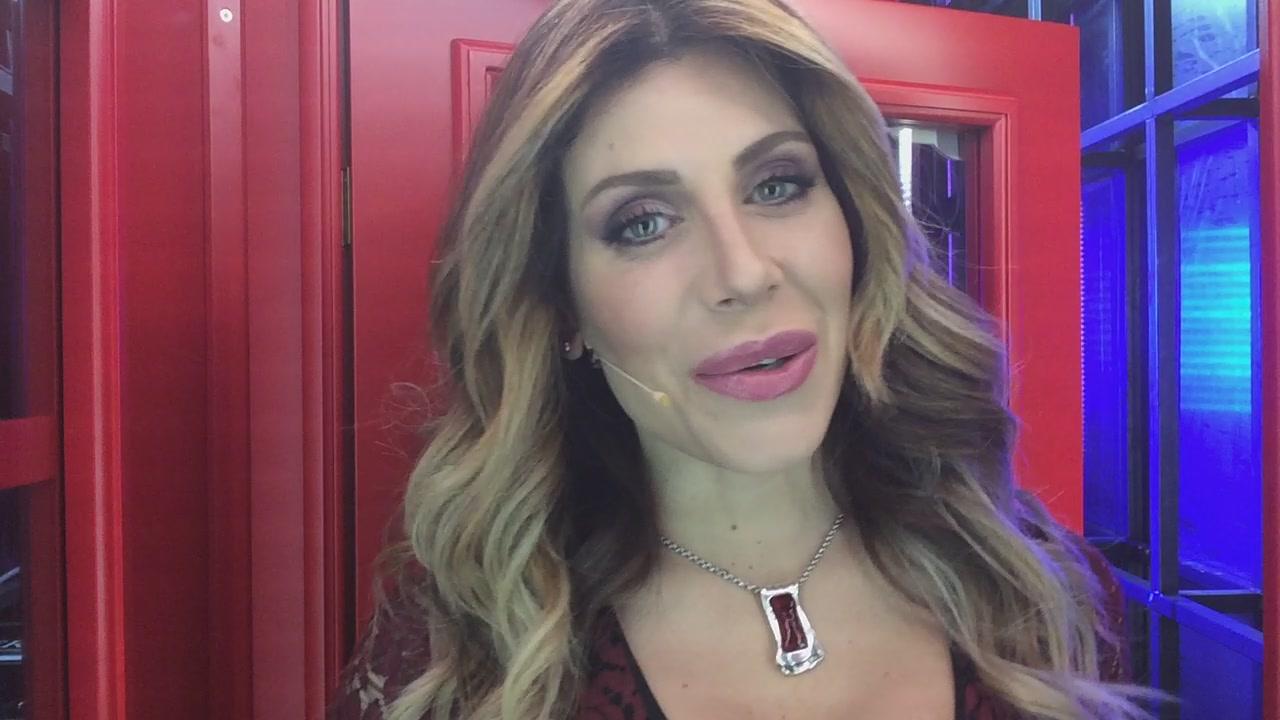 La #cabinarossa di Paola Caruso