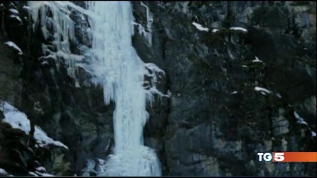 Gressoney, travolti da una cascata di ghiaccio