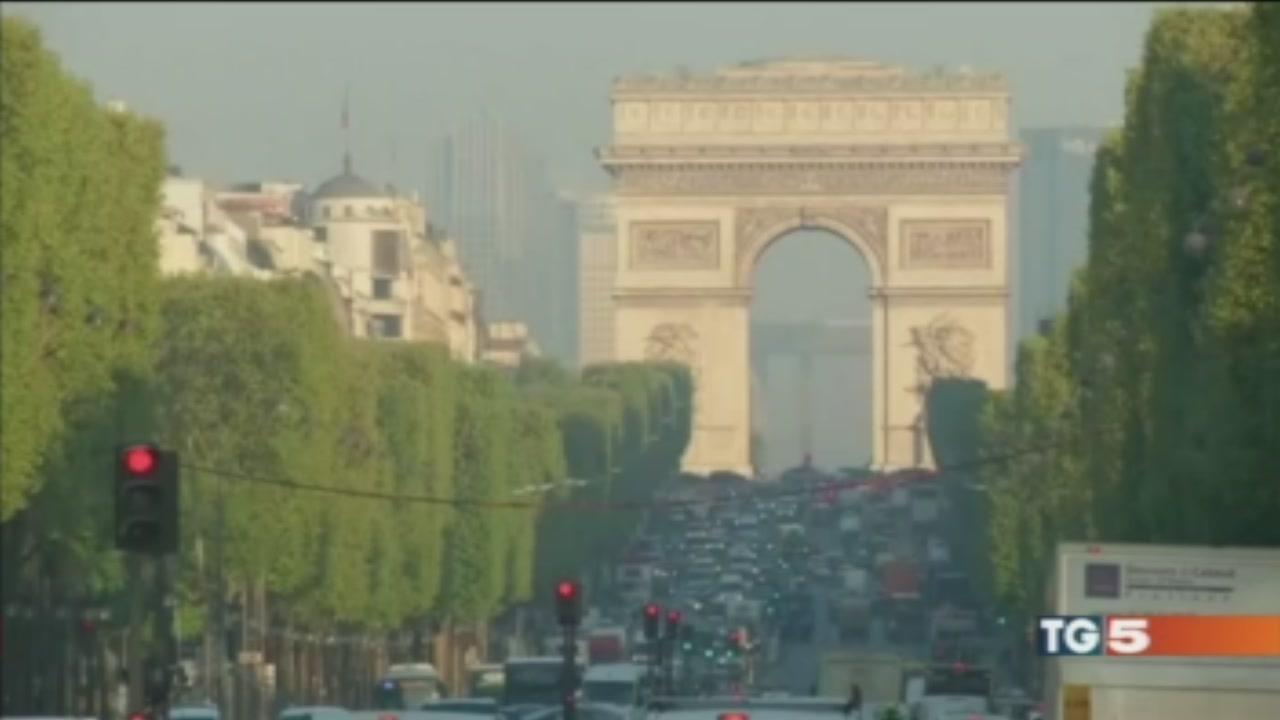 Francia colpita prima del voto