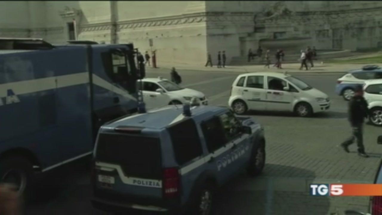 Roma blindata e coi violenti linea dura