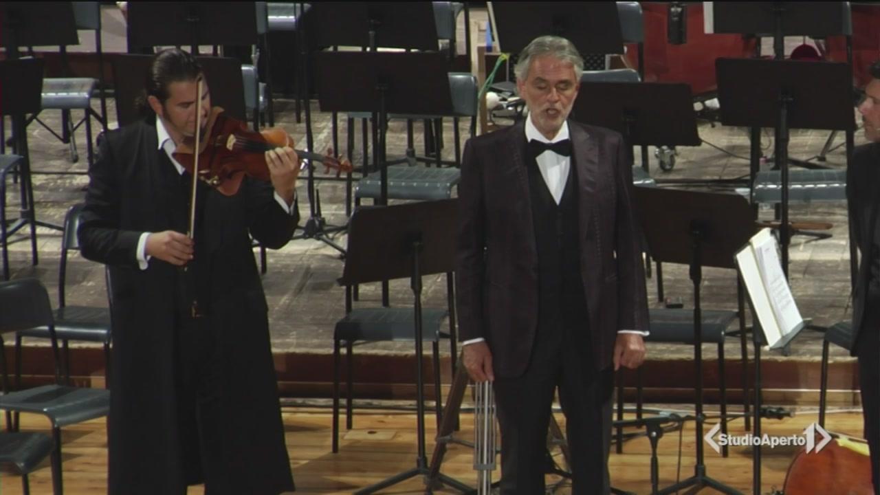 L'omaggio di Andrea Bocelli per Livorno