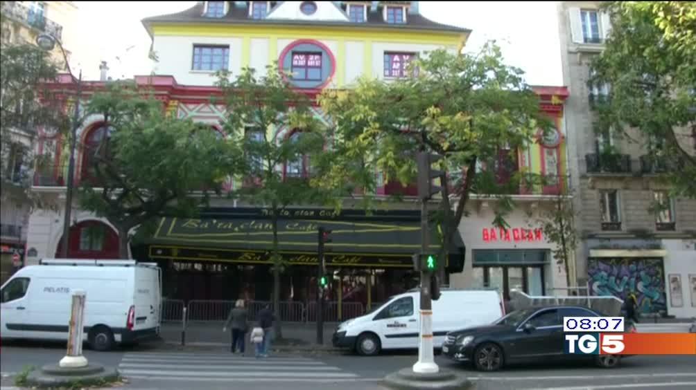 Parigi un anno dopo riapre il Bataclan