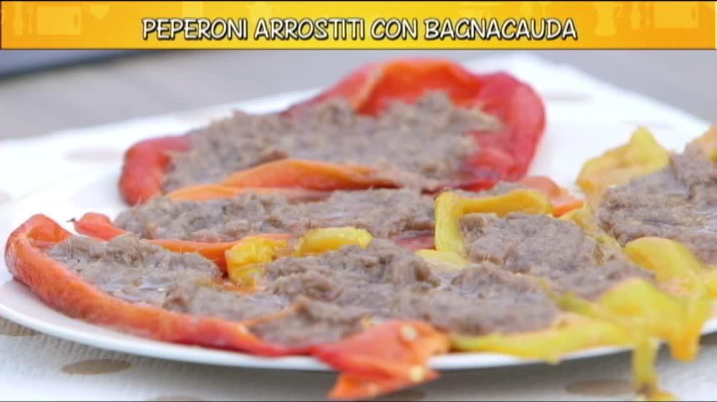 Peperoni arrosto con bagnacauda