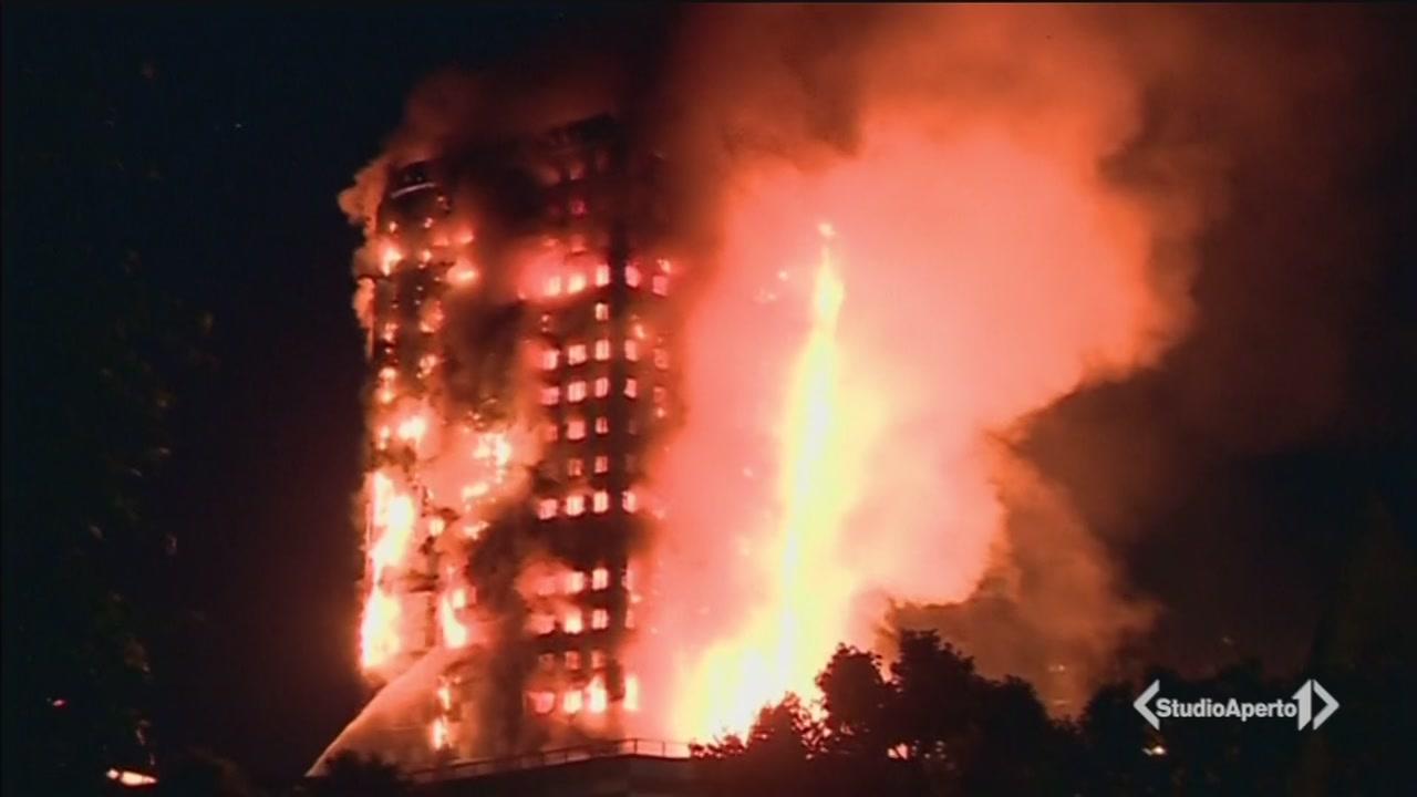 Inferno di fuoco a Londra