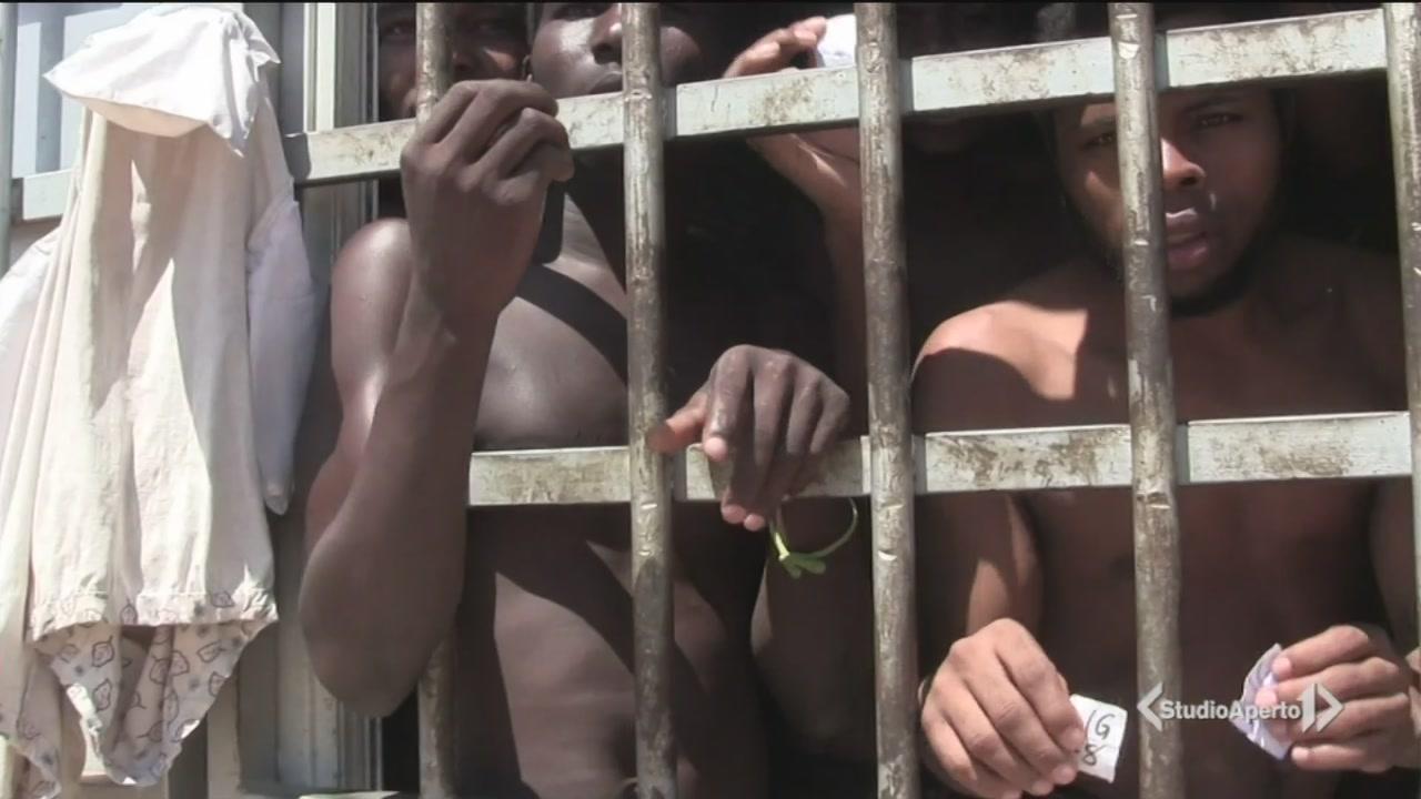 Libia, ecco le prigioni-inferno