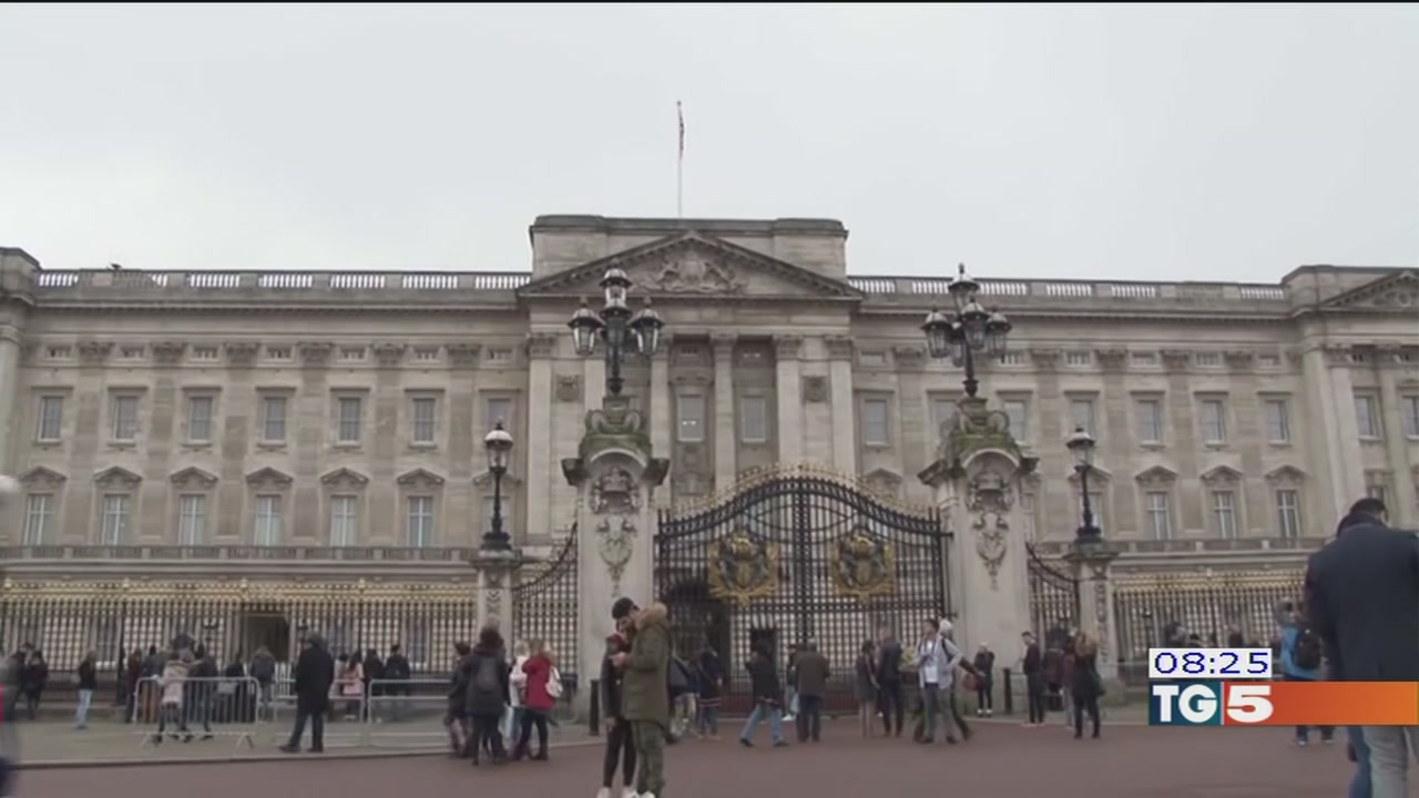 Addio a Buckingham palace