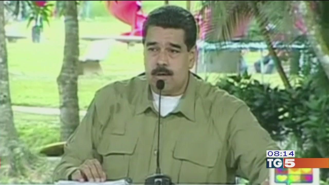 Venezuela, fuga dal paese
