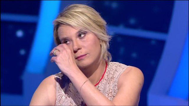 Maria piange