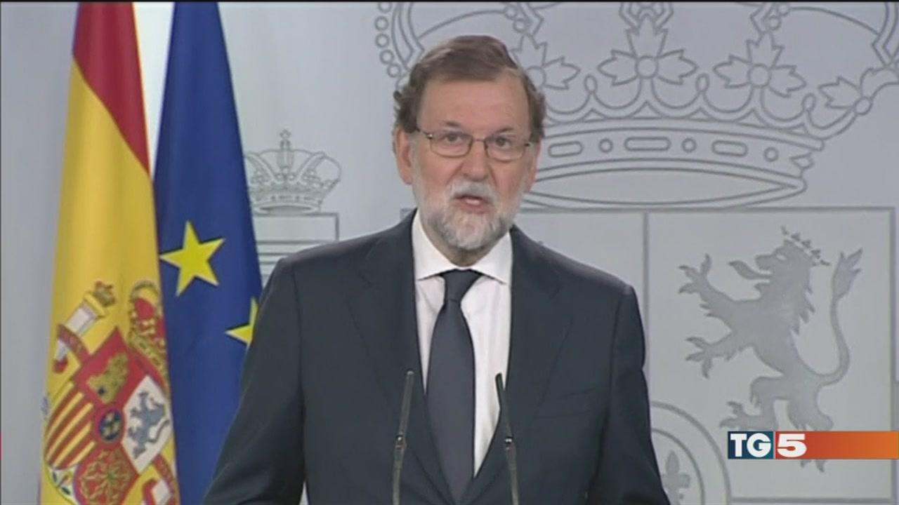 Pugno duro di Madrid, referendum non si farà