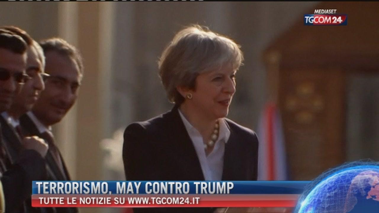 """Breaking News delle ore 17.00: """"Terrorismo, May contro Trump"""""""