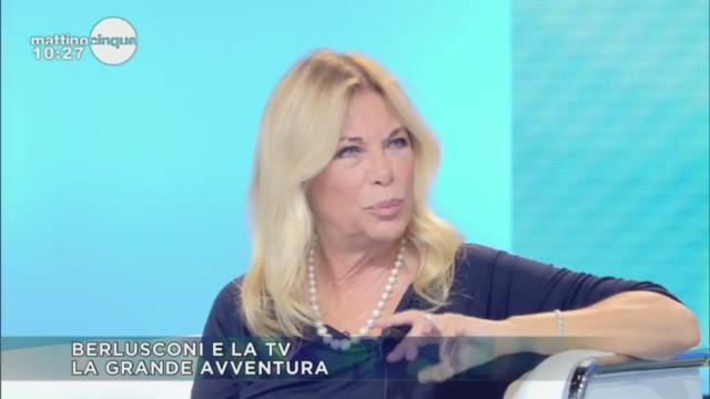 I personaggi della tv fanno gli auguri a Berlusconi