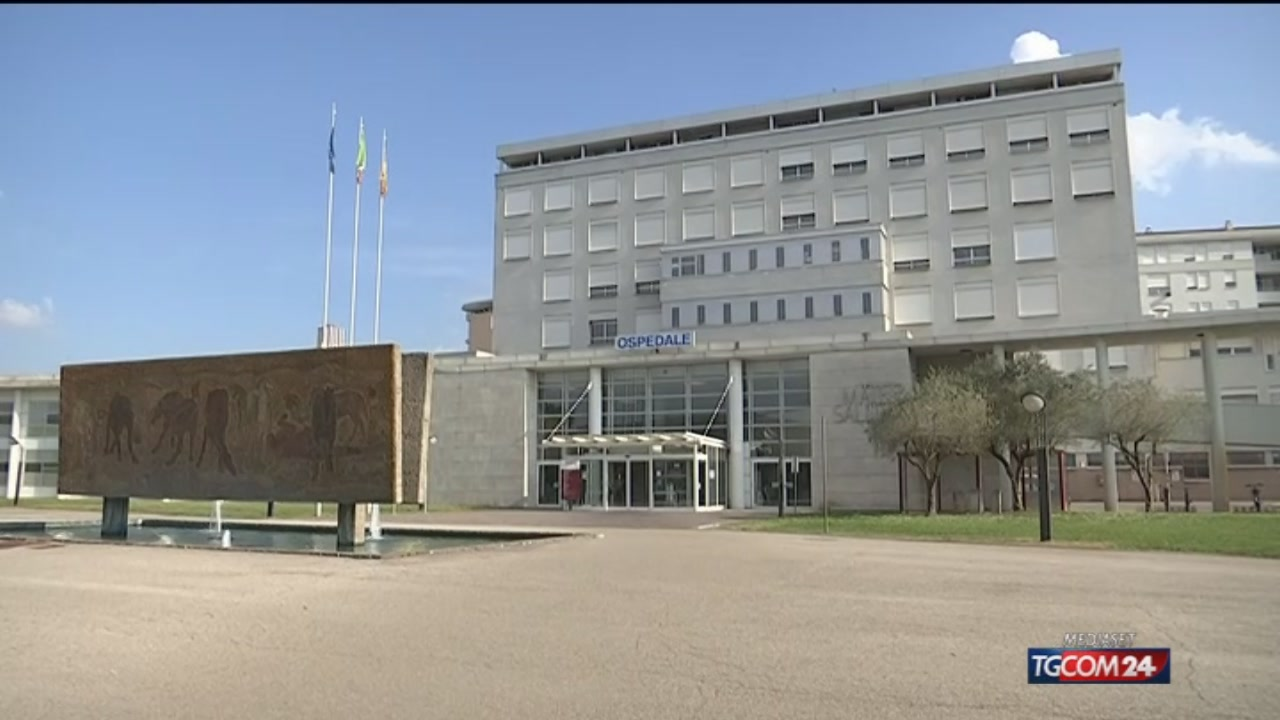Verona, ricoverato per autolesionismo uccide un altro paziente in ospedale e aggredisce gli infermieri