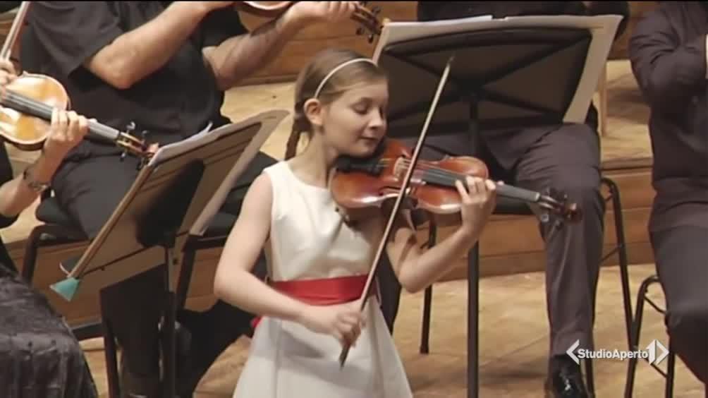 A soli 11 anni è una compositrice sublime