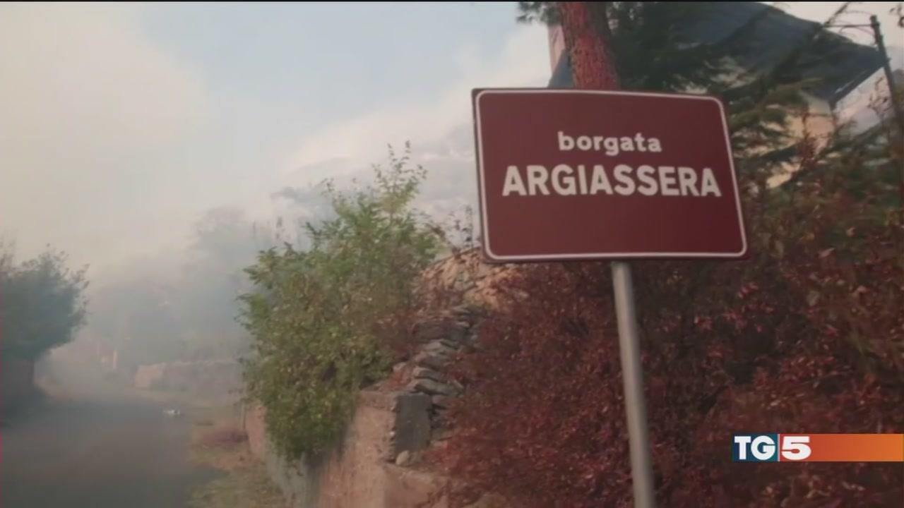 Incendi in Val Susa evacuata una frazione