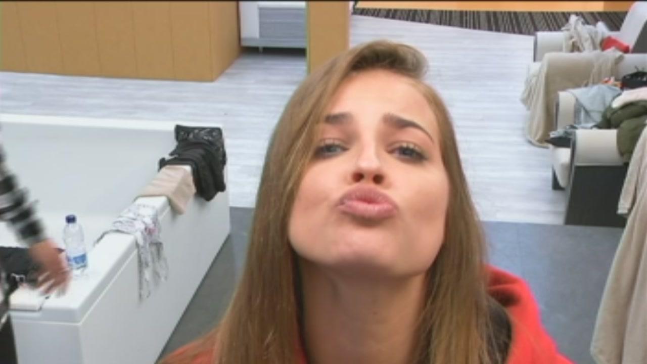 Un bacio alla telecamera!