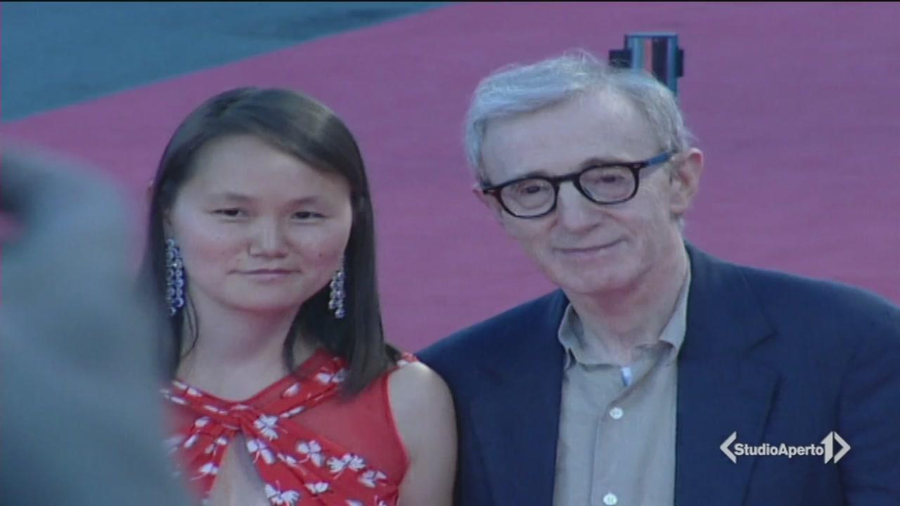 I divi scaricano Woody Allen