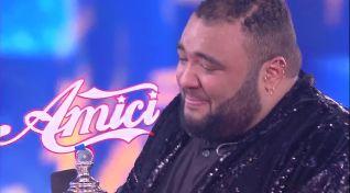 Sergio vince Amici15