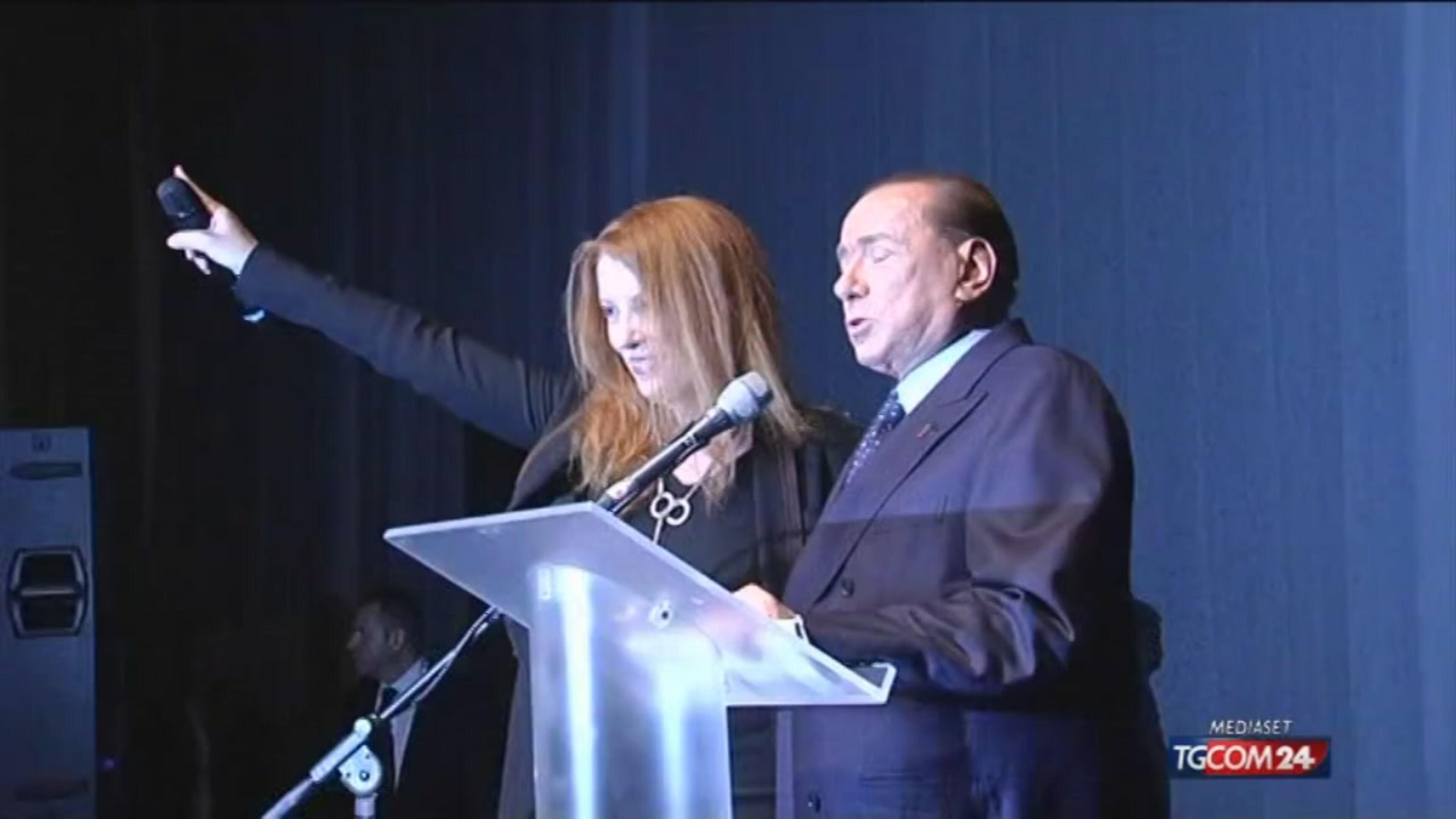 """Berlusconi a Lecco: """"Basta professionisti della politica"""""""