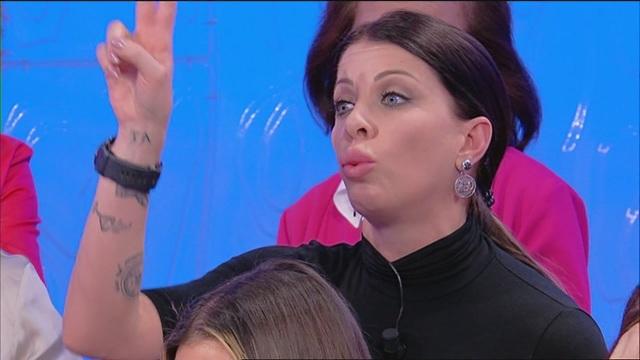 """Valentina: """"Ma com'è possibile, Fabrizio?"""""""