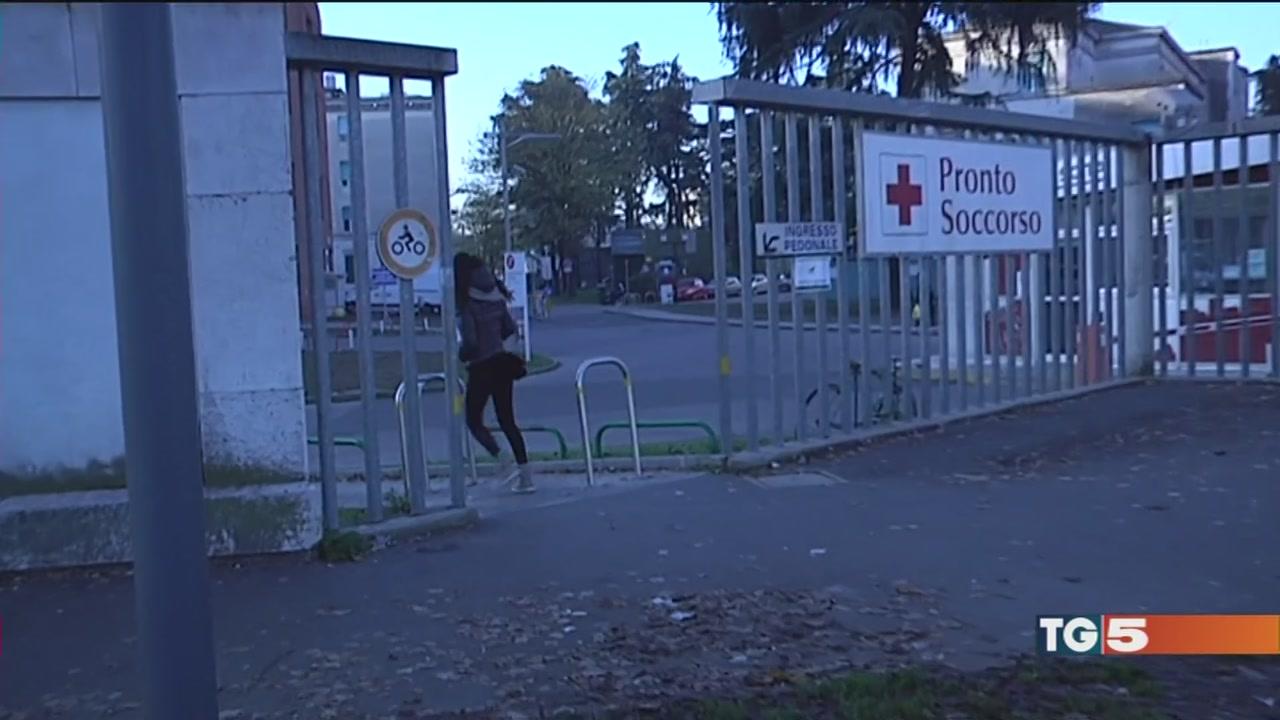 Violentata e derubata nel parcheggio dell'ospedale