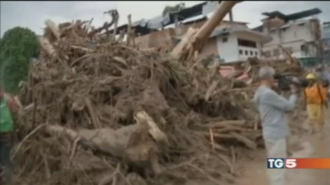 Una valanga di fango, ecatombe in Colombia