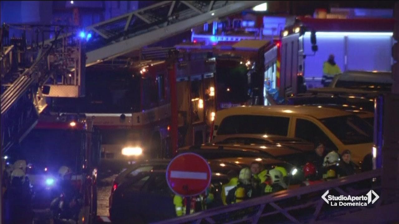 Hotel a fuoco paura a Praga
