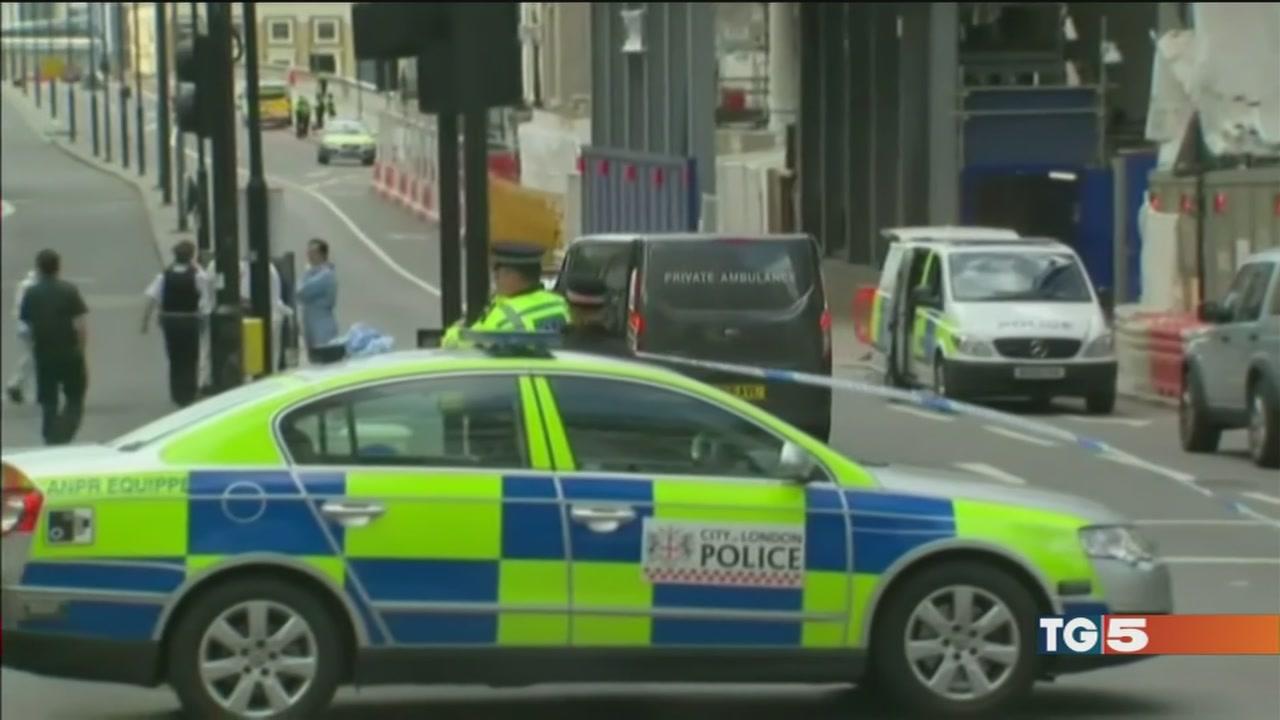 Attacchi a Londra, tante falle nella sicurezza