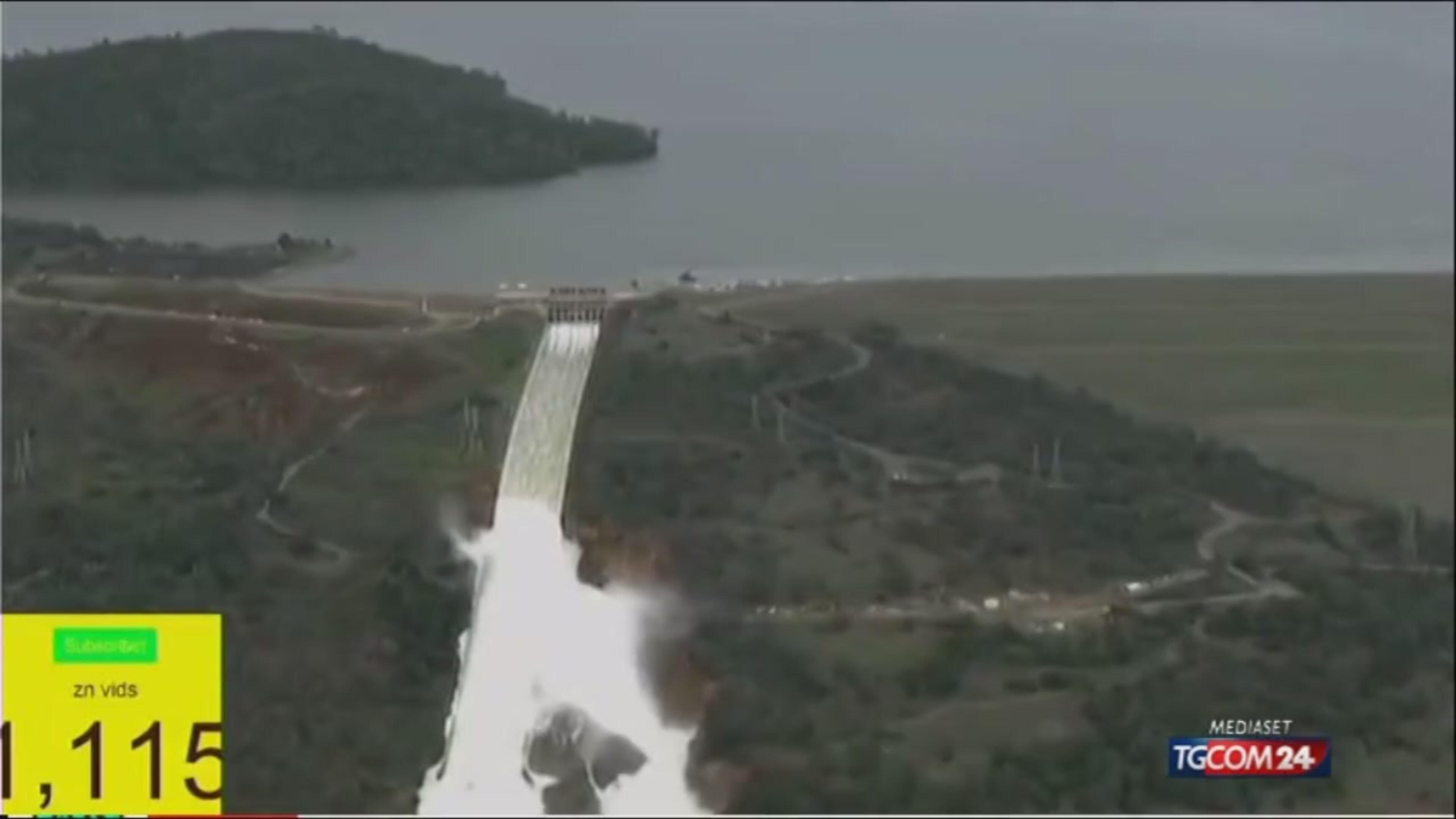 California, stato d'emergenza per la diga di Oroville: evacuate 188mila persone