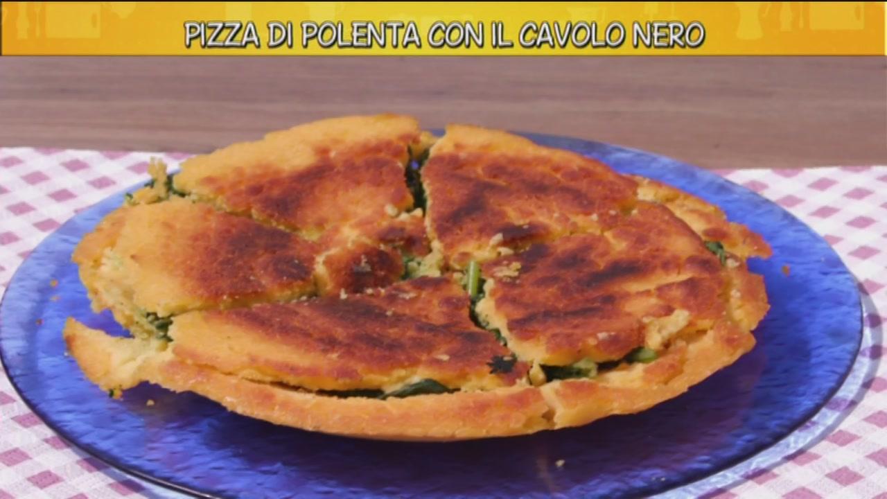 Pizza di polenta con il cavolo nero