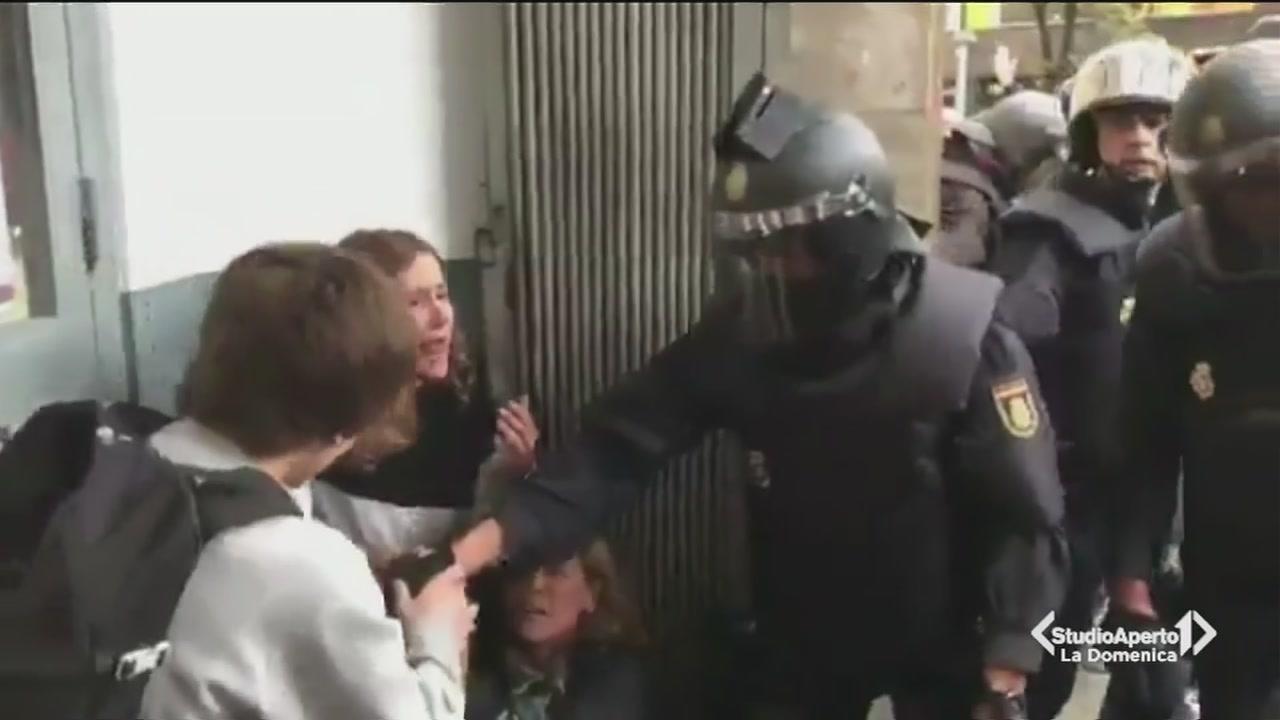 Spagna, democrazia massacrata
