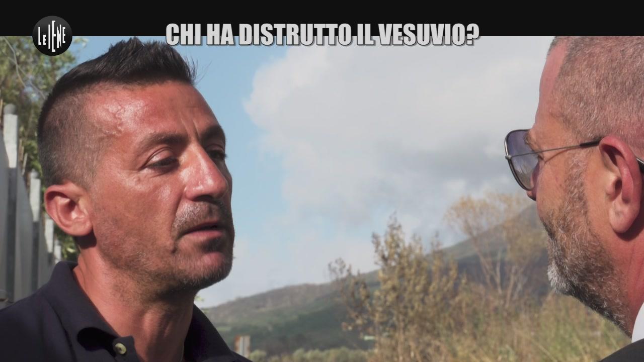 GOLIA: Chi ha distrutto il Vesuvio?