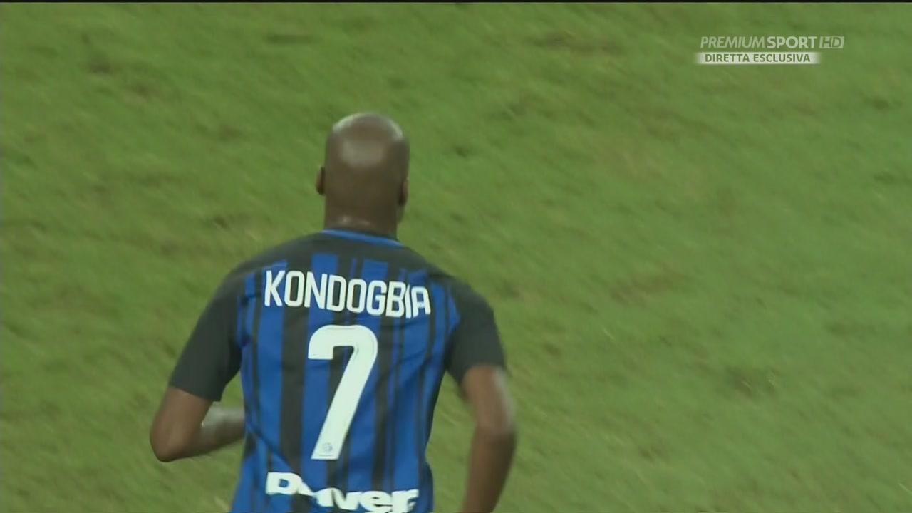 Kondogbia, che autogol
